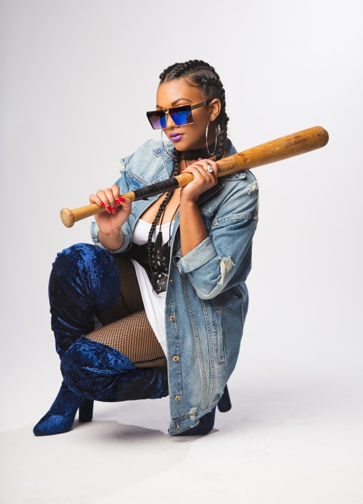 Bianca Bee - Baseball Bat
